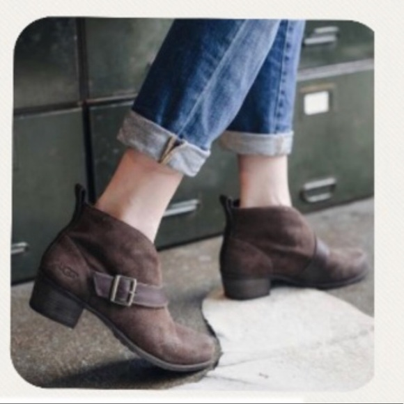 ed574def562 ! NEW! Ugg Wright Belted Bootie Modern Boho